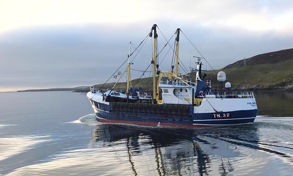 Boat leaving Harbour at Annan